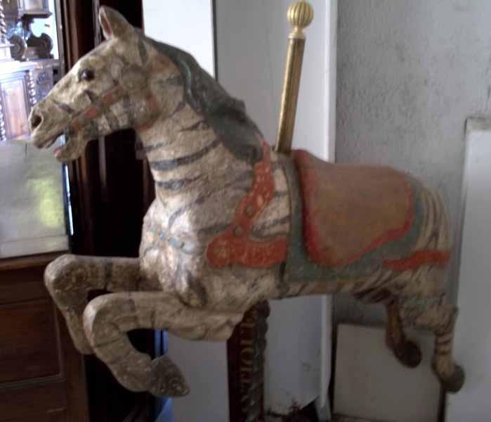 curiosit s passions ancien cheval de man ge. Black Bedroom Furniture Sets. Home Design Ideas