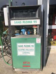 pompe a essence avia